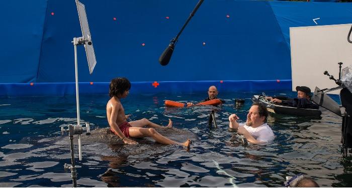 The Jungle Book scene wherein Mowgli's digi-double's lower half of his body was used